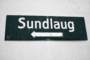 Sundlaug is Icelandic for Swimming pool