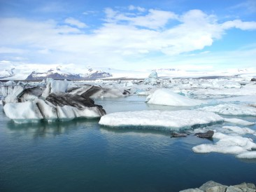 The Moody Glacier Lagoon - Jökulsárón